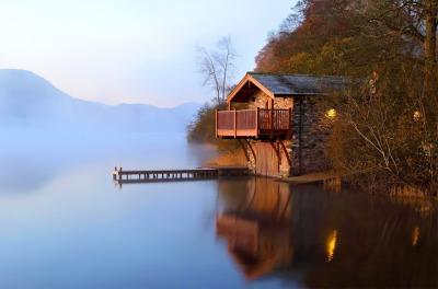 the-lake-house.jpg
